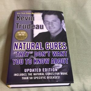 """""""Natural Cures"""" by Kevin Trudeau"""